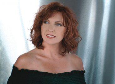 Cheryl Bentyne: Manhattan's Latest Solo Transfer