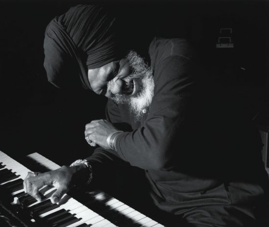 Dr. Lonnie Smith image 0
