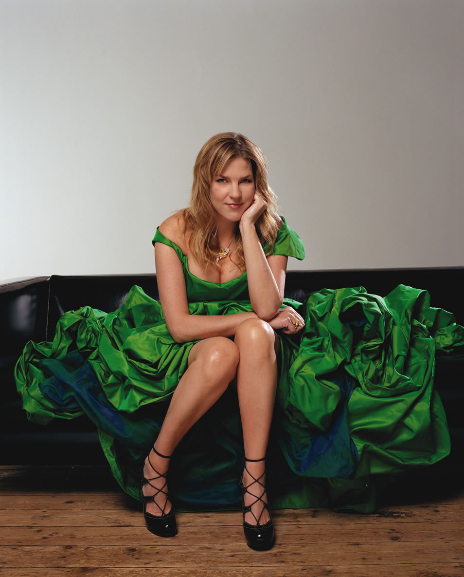 diana krall featuring the claytonhamilton jazz orchestra christmas songs jazztimes - Diana Krall Christmas Songs