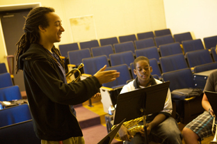 Theo Croker, working with student combo at Stanford Jazz Workshop