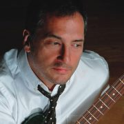 Chuck Loeb, Guitarist and Composer, Dies at 61