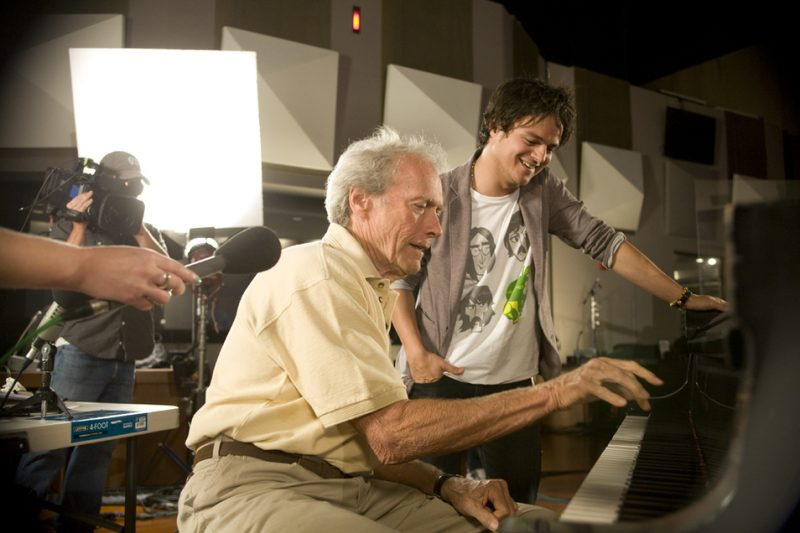 Clint Eastwood and Jamie Cullum on set on Dave Brubeck: In His Own Sweet Way