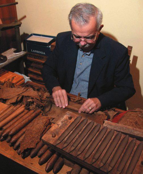 Cigar rolling in Havana