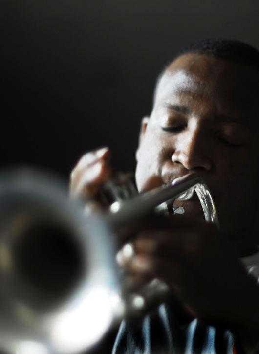 Performance at 2011 Panama Jazz Festival