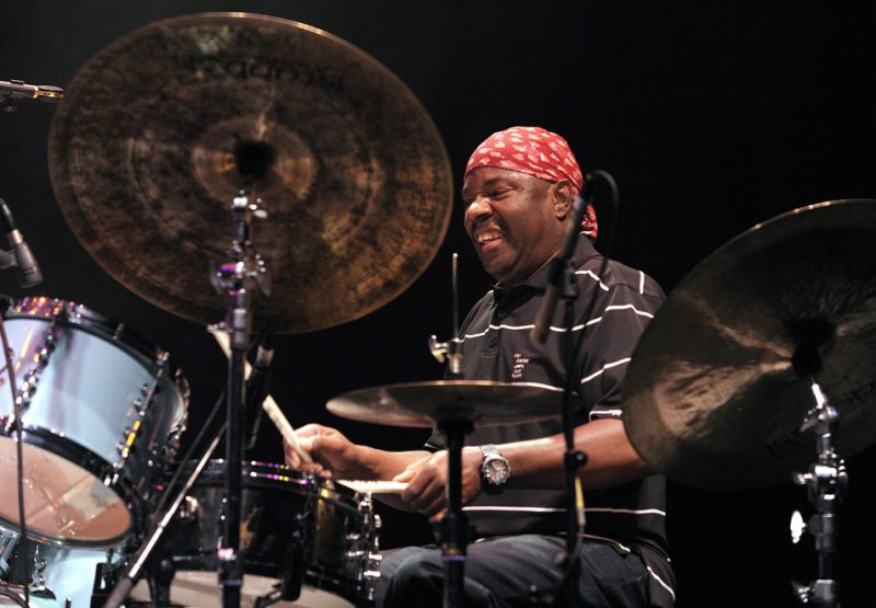 Lenny White performing with Return to Forever IV