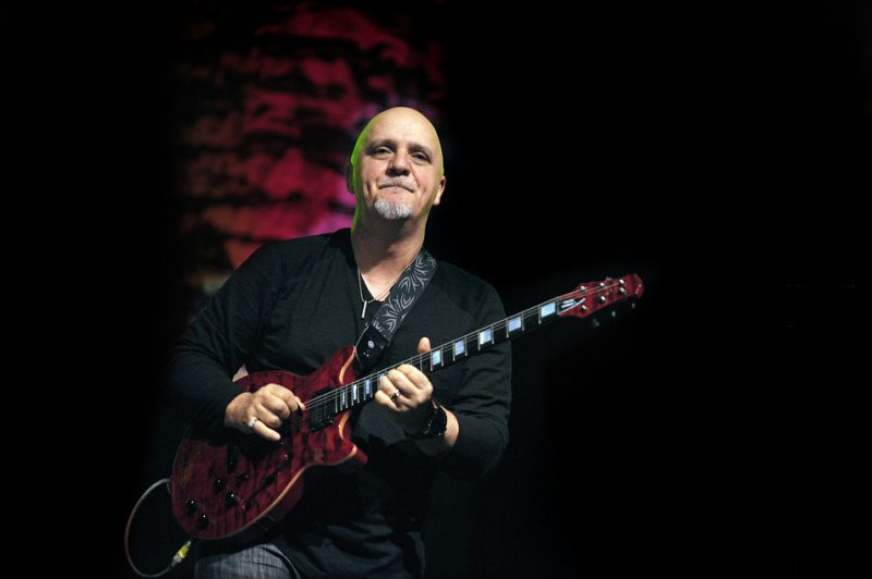 Frank Gambale performing with Return to Forever IV