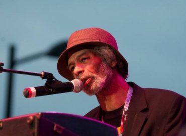 Influential Jazz Singer and Poet Gil Scott-Heron Dies