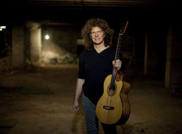 Pat Metheny Releases Solo Acoustic Album