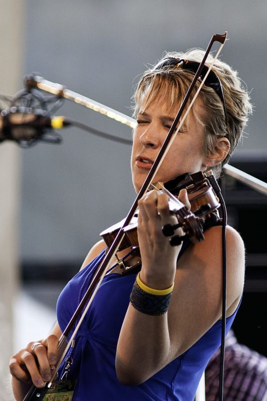 Sara Caswell performing at the 2011 Newport Jazz Festival