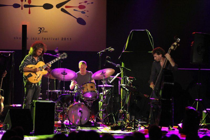 Pat Metheny, Bill Stewart, Larry Grenadier, Skopje Jazz Festival, Oct. 2011