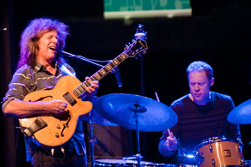 Pat Metheny with Bill Stewart at Vol-Damm Barcelona Jazz Festival