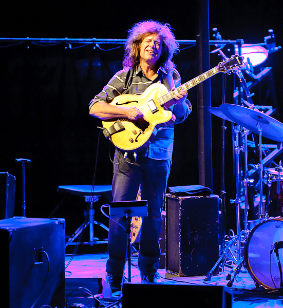 Pat Metheny at the 2011 Barcelona International Jazz Festival