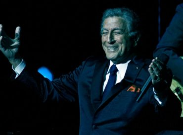 Tony Bennett Auctions New Painting of Louis Armstrong for Charity