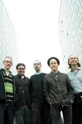 Claudia Quintet, John Hollenbeck center