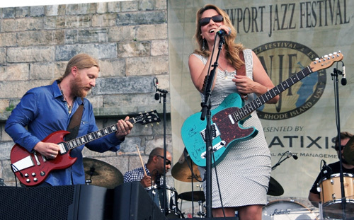 A two-hour blues set by the 11-member Tedeschi Trucks Band, featuring singer Susan Tedeschi and her husband, Allman Brothers guitarist Derek Trucks, closed out the 2012 Newport Jazz Festival