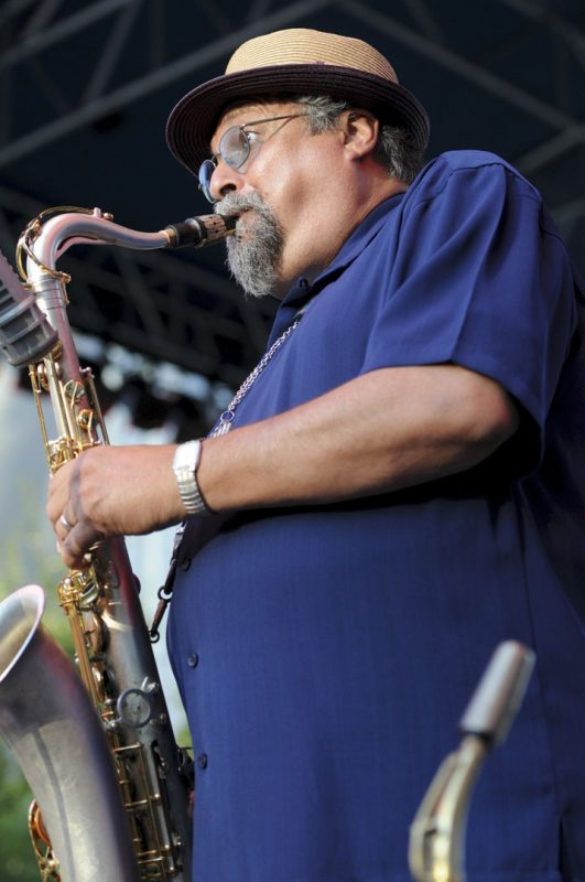 Joe Lovano in performance with Soundprints at 2012 Detroit Jazz Festival