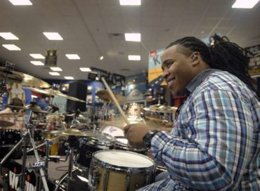 Drummer Jamison Ross Wins 2012 Monk Competition