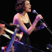 Norah Jones image 0