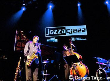Wayne Shorter Re-Signs with Blue Note After 43-Year Gap