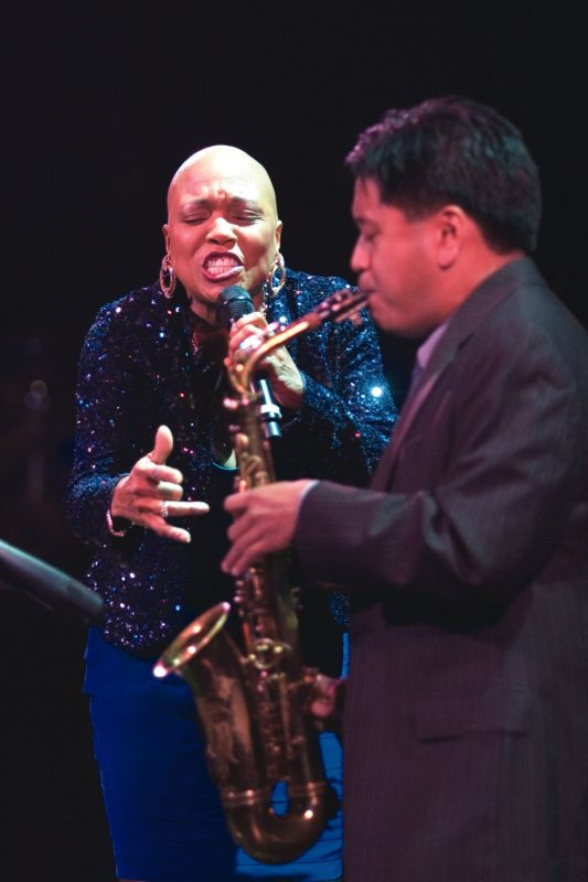 Jon Irabagon performs with Dee Dee Bridgewater; Oct. 26, 2008, Los Angeles
