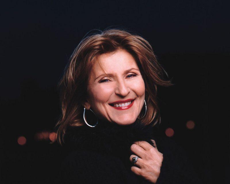 Janis Siegel