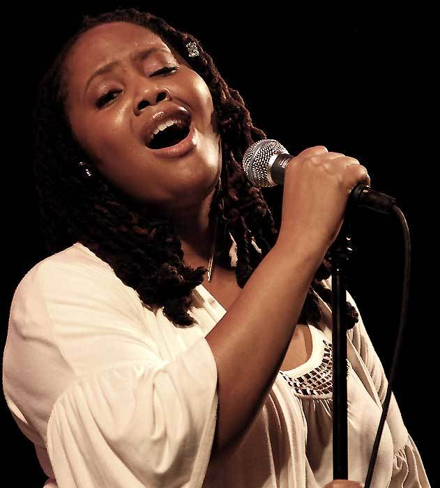 Lalah Hathaway (photo by Kris King)