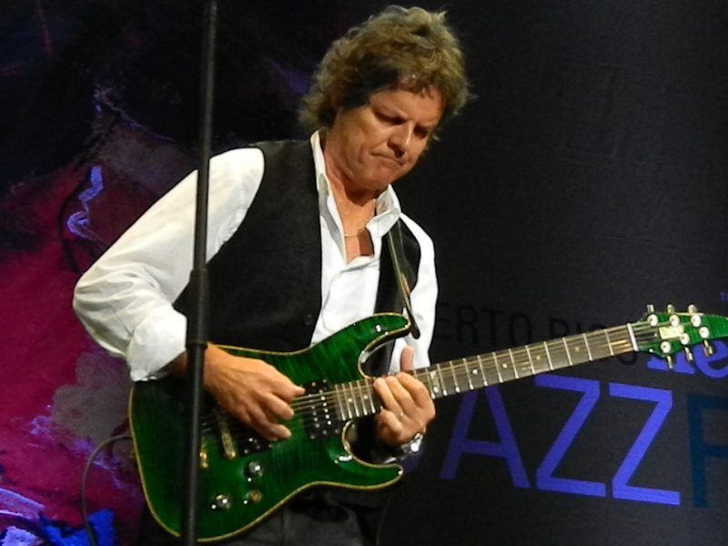 Jorge Laboy in performance at the 2014 Puerto Rico Heineken Jazz Festival