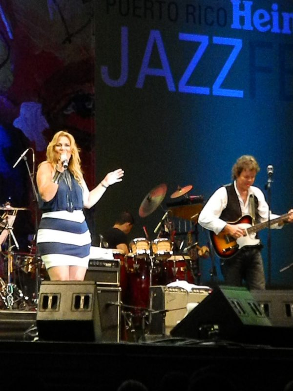 Ingrid Casanova and Jorge Laboy in performance at the 2014 Puerto Rico Heineken Jazz Festival