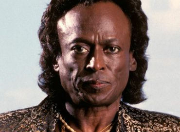 Columbia/Legacy Adds Miles Davis Page to iTunes