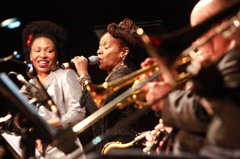 "Charenee Wade, Catherine Russell in ""Ladies Sing the Blues,"" Savannah Music Festival 2014"