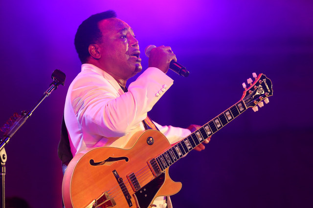 George Benson at the 2014 Playboy Jazz Festival, Hollywood Bowl