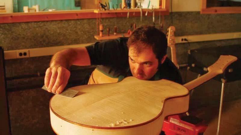 Luthier Otto D'Ambrosio