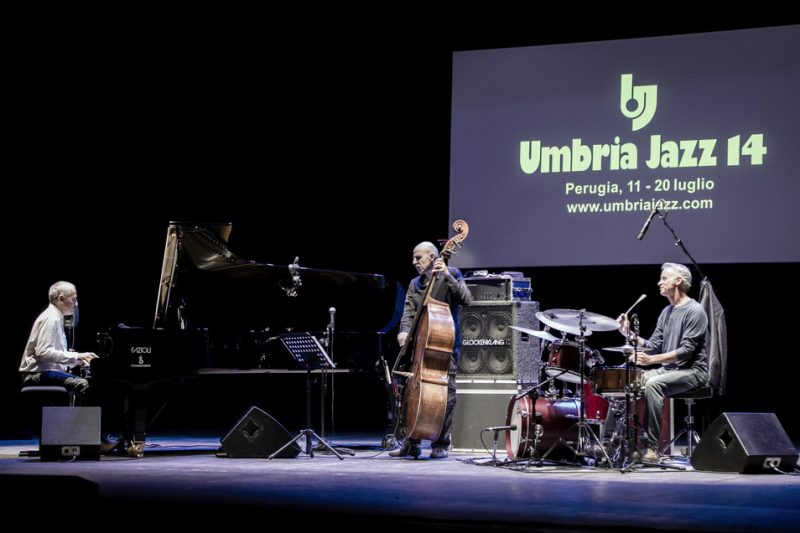 Doctor 3 at the Teatro Morlacchi during Umbria Jazz 2014; Danilo Rea, Enzo Pietropaoli and Fabrizio Sferra (from left)