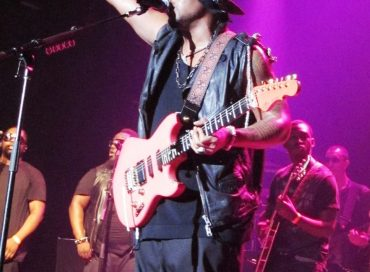 Concert Review: D'Angelo Rocks Montreal