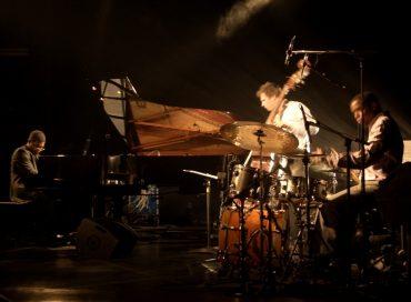 Rafael Zaldivar Trio Live