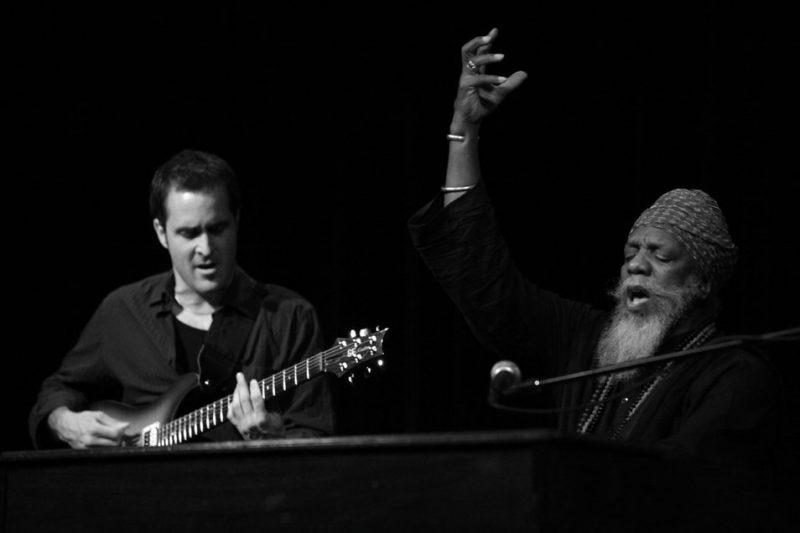 Jonathan Kreisberg (guitar) and Dr. Lonnie Smith (organ) in 2010