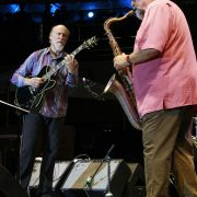 John Scofield (left) and Joe Lovano at the Detroit Jazz Festival, September 2015 image 0