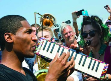 Jon Batiste to Perform at Café Carlyle in New York February 18-21