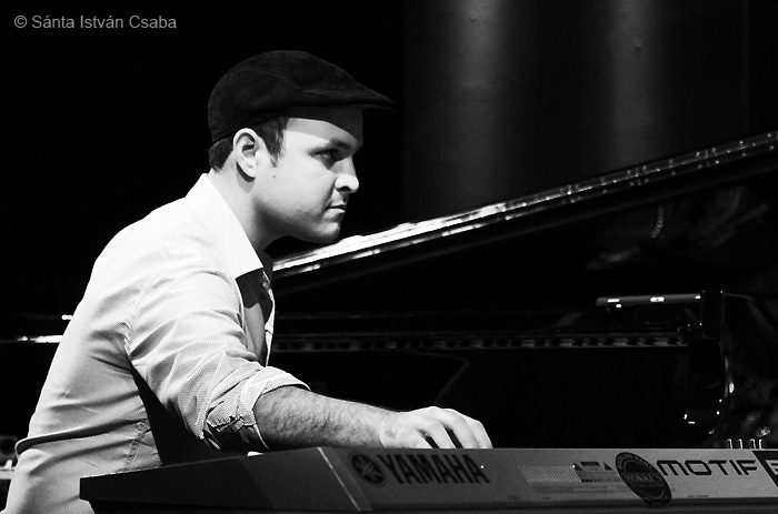 Kemuel Roig, pianist with Arturo Sandoval, Blue Note Milano, Italy, March 2016