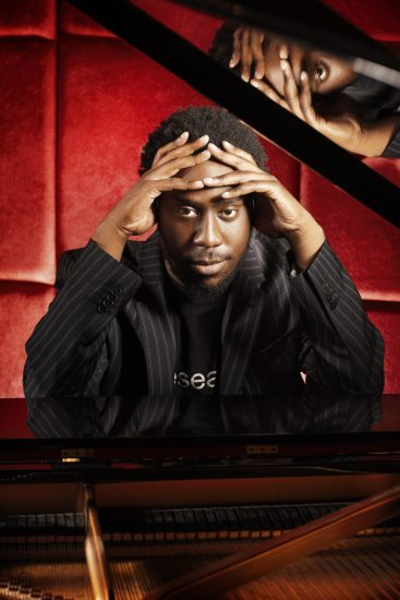 Robert Glasper image 0