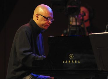 Billy Childs Named President of CMA's Board of Directors