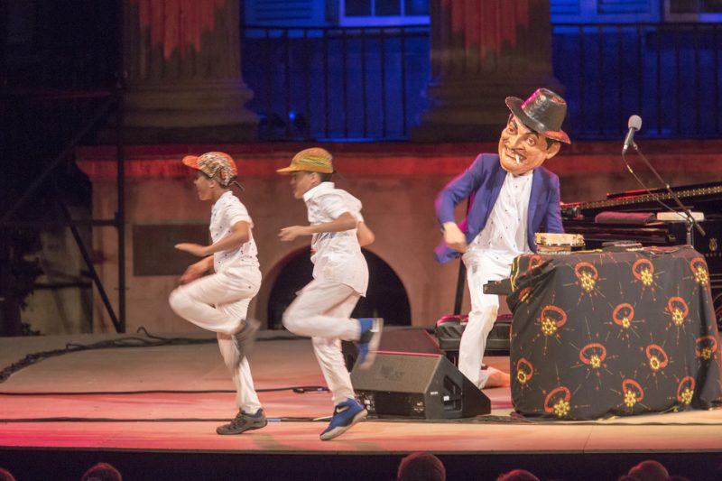 Jason Moran (wearing Fats Waller mask) and his twin sons, Malcolm and Jonas, pay tribute to Waller at the 2016 Spoleto Festival USA