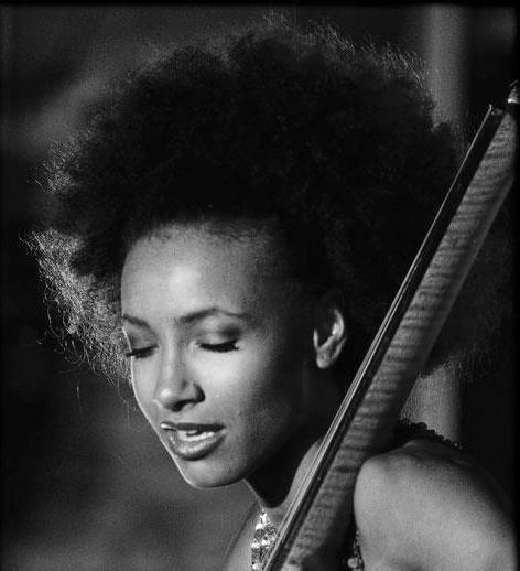 Esperanza Spalding (photo by Farrad Ali)