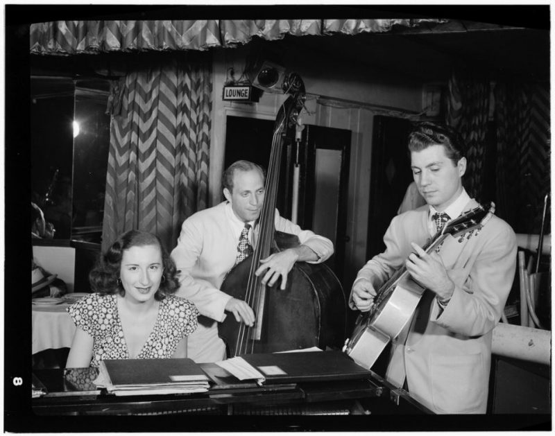 Barbara Carroll with Clyde Lombardi and Chuck Wayne (photo by William P. Gottlieb/Library of Congress)
