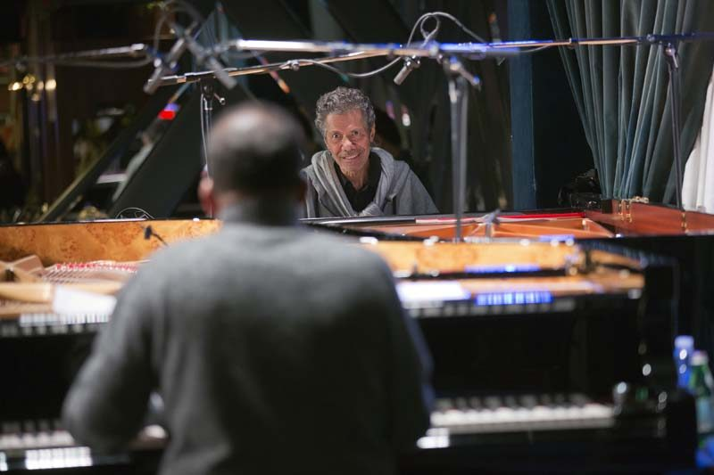 Chick Corea during sound-check with duo partner Herbie Hancock (photo by Alan Nahigian)