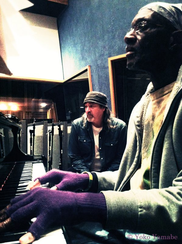 Bernie Worrell (right) with Bill Laswell (photo by Yoko Yamabe/courtesy of M.O.D. Technologies)
