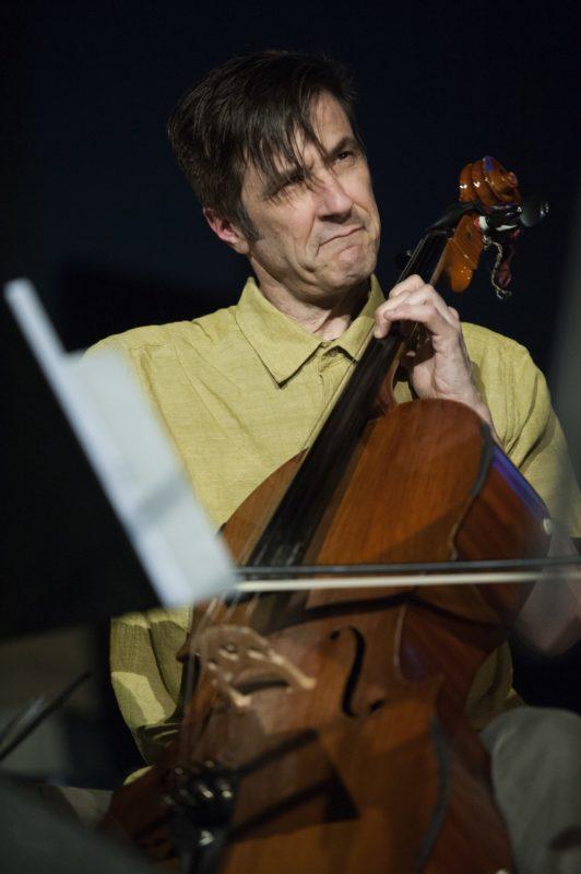 Fred Lonberg-Holm (photo by Marek Lazarski)