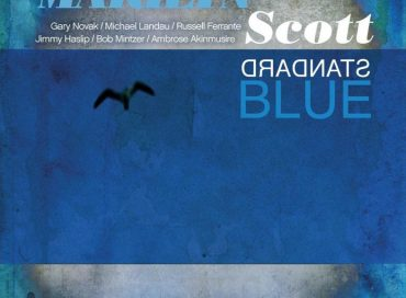 Marilyn Scott: Standard Blue (Prana)