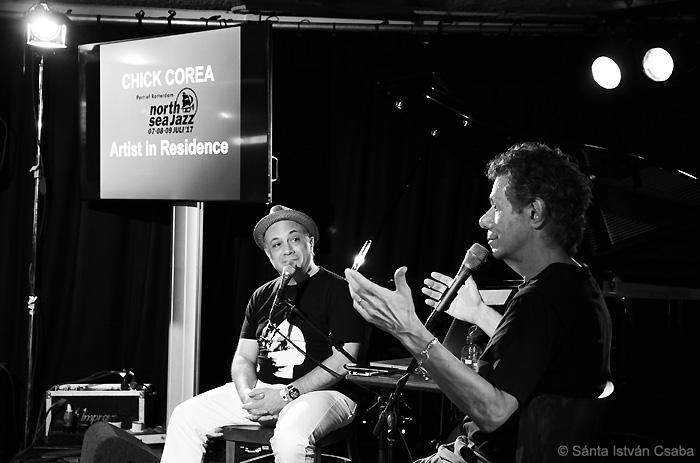 Chick Corea (right) talks with Ashley Kahn (photo by Sánta István Csaba)