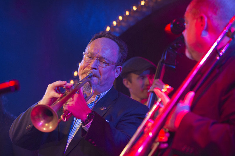 Jon-Erik Kellso and his fellow EarRegulars John Allred (trombone) and Sean Cronin (bass)